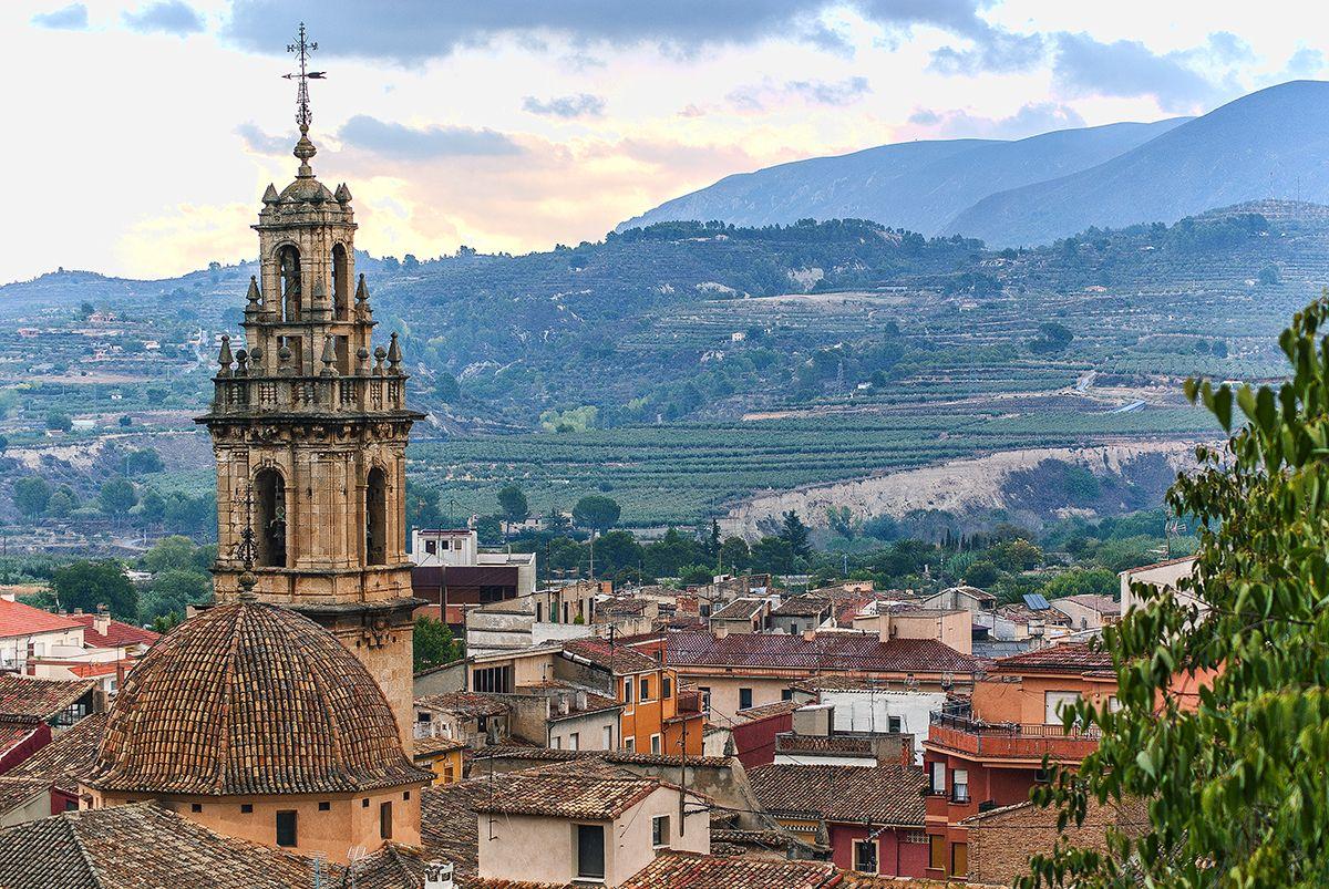 Vista de la torra del campanario de la iglesia de Cocentaina