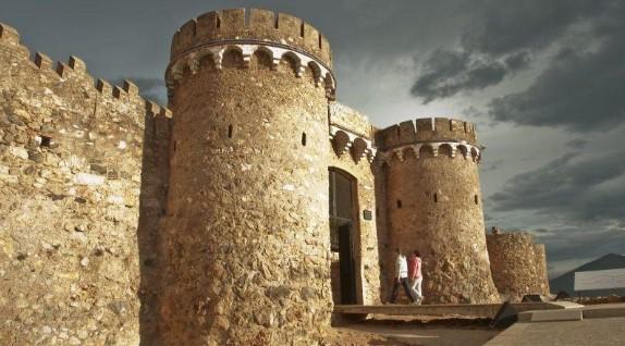 Vistas teatralizadas del Castillo de Onda.